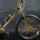 Золотой велосипед от американского дизайнера